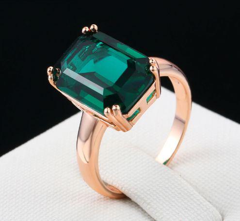 Anel de Pedra de Esmeralda