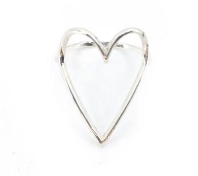 Anel de Prata Feminino Coração Vazado Grande