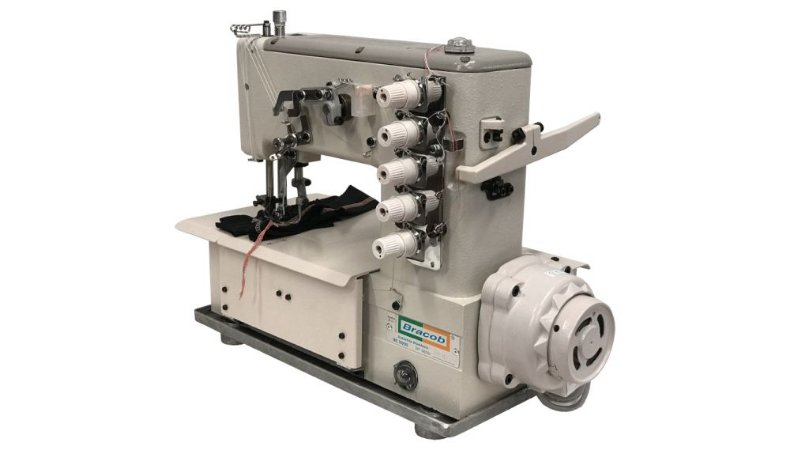 MÁQUINA DE COSTURA INDUSTRIAL GALONEIRA COM DIRECT DRIVE BRACOB BC5000D