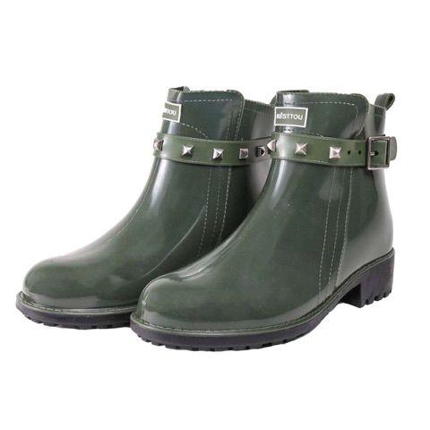 a3f16cafeff Galocha Spike Késttou cano curto na cor verde - Jaque Kuver Sapatos ...