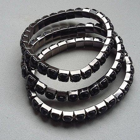 pulseira de estras preto leitoso