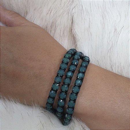 pulseira de strass cor leitoso VERDE detalhes cor PRETO.