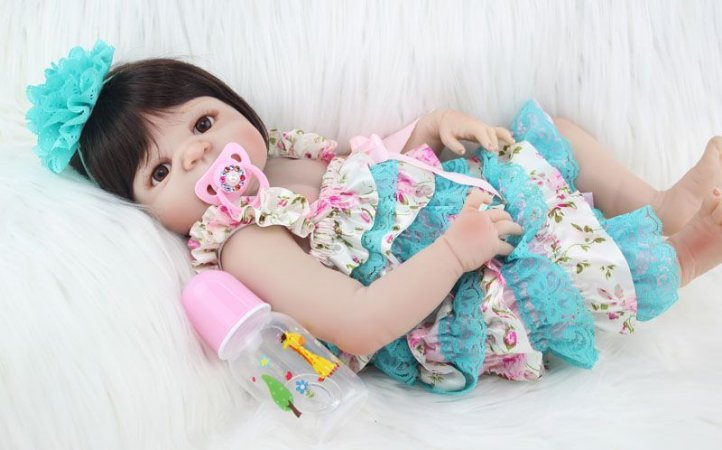 Bebe Reborn Valentina Inteira em Silicone - Pronta Entrega
