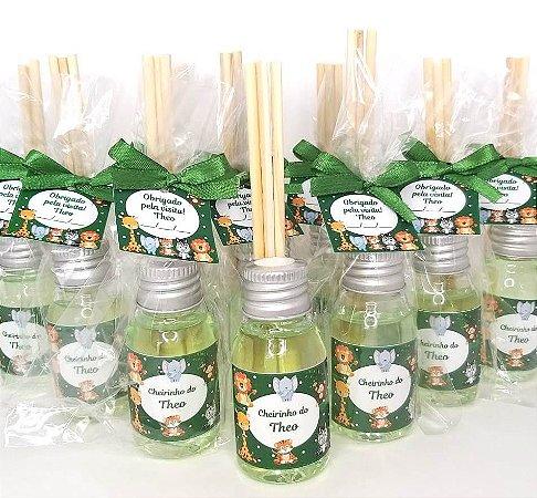 Lembrancinha Maternidade - Mini aromatizador 30 ml basic com tag