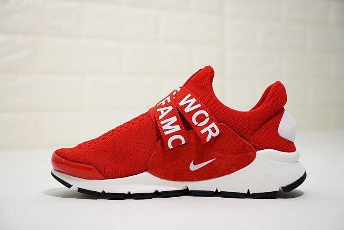 huge selection of 6d4ea 27e85 NIKE SOCK DART x SUPREME