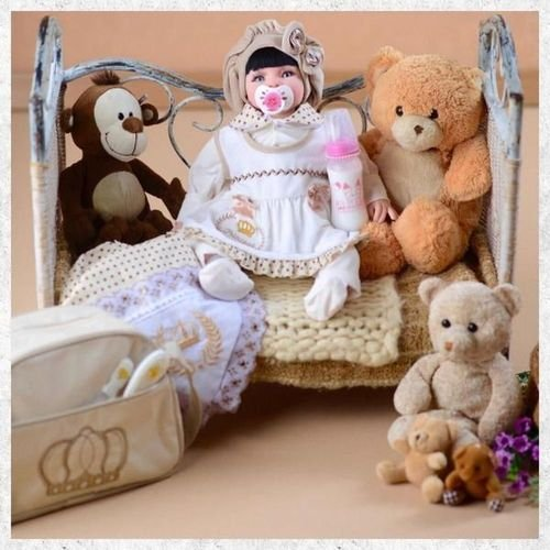 Boneca Bebê Reborn Princesa Larinha 53cm com 20 acessórios