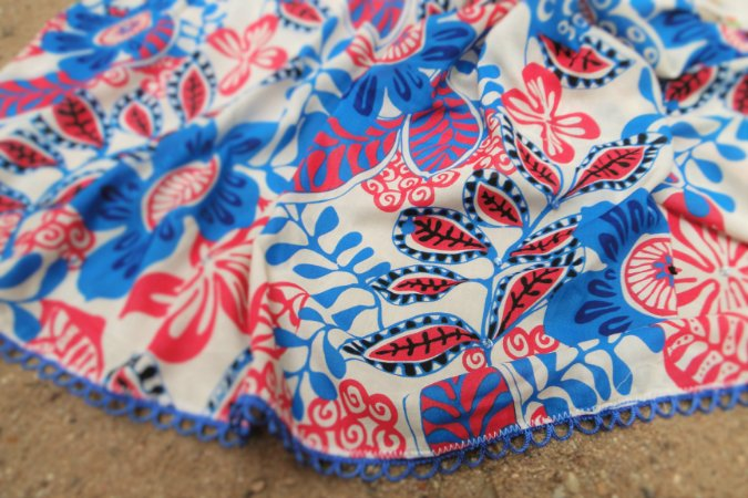 Canga Blue Flower Bordada