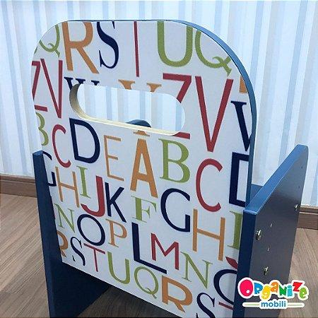 Cadeira kids AZUL com tema regulagem de altura - de 3 a 10 anos de idade.