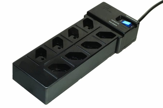Filtro de linha DPS Clamper Multi Energia 8 tomadas - Preto (E-FC-PT-8Bt-L-P)
