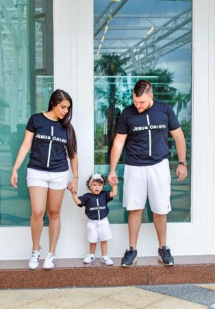 eb49e832d06586 Camisetas Jesus Cristo Mãe + Pai + Filho/a