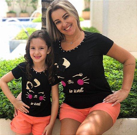 b7a5ca466 T-Shirts Mãe e Filha Gatinha com Pedraria - Creme e Preta - Maria Manu