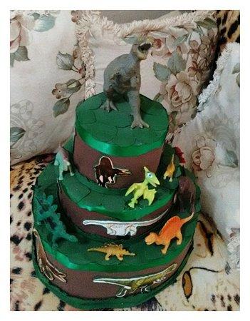 Bolo Aniversário Dinossauro Fake