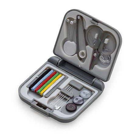 Kit costura de plástico resistente, possui frente e verso liso fosco. Código SK 5125