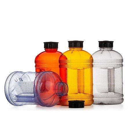 Garrafa plástica 1,8 litros em formato galão. Produzida em polipropileno livre de BPA. SK14379
