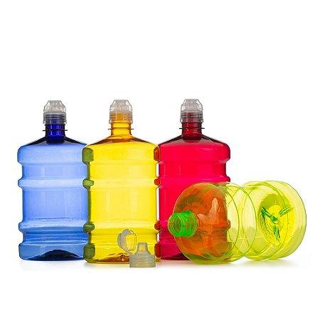 Garrafa plástica 1 litro em formato galão. Produzida em polietileno, contém tampa de bico rosqueável SK14380