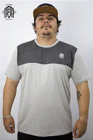 Camiseta Esbelto MMMV - Cinza Mescla