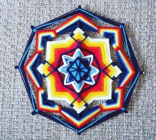 Mandala bordada multi colorida 30 cm