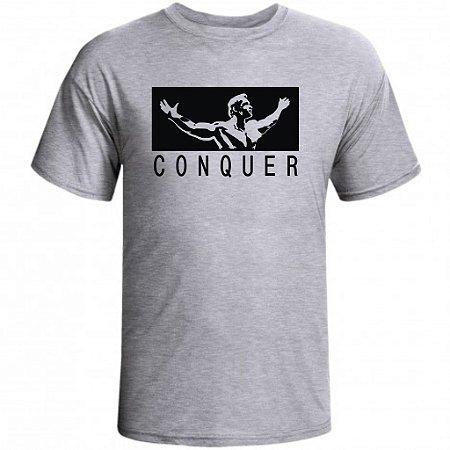 Camiseta Arnold Conquer