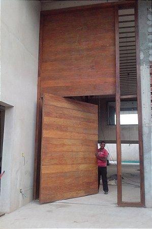 Porta Grande pivotante de madeira - 100% Peroba Rosa (Preço por metro quadrado)