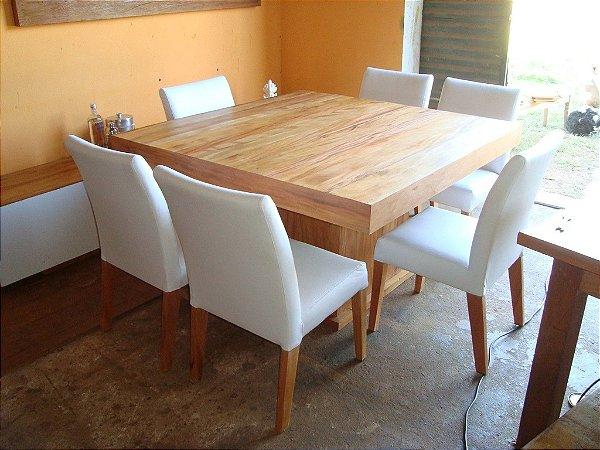 Conjunto de Mesa e cadeiras - Em Peroba Rosa