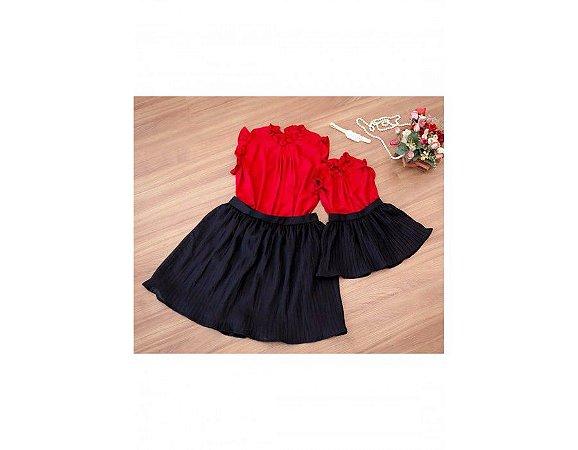 Conjunto Saia Plissada Preta e Blusinha Vermelha - Mãe e Filha