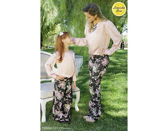 Conjunto Calça Floral e Blusa Rosa - Tal Mãe Tal Filha