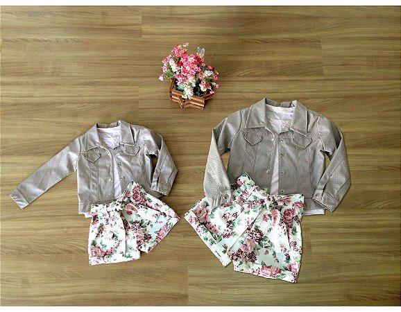 Conjunto Shorts Floral, Blusinha e Jaqueta - Mãe e Filha