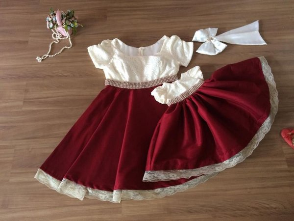 Vestido Branco e Marsala  - Tal Mãe Tal Filha