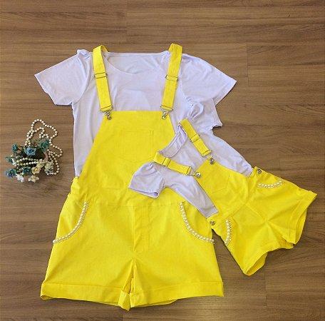 Conjunto Jardineira amarela e Blusinha - Tal Mãe Tal Filha