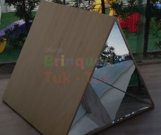 Triângulo de Espelho Reggio Emilia