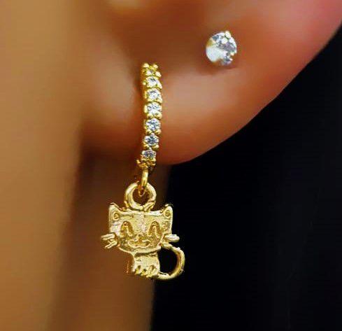 Brinco Mini Argola Gatinho Luxury Banhado em Ouro18k