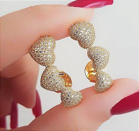 Brinco Ear Cuff Corações com Micro Zircônias Banhado em Ouro18k