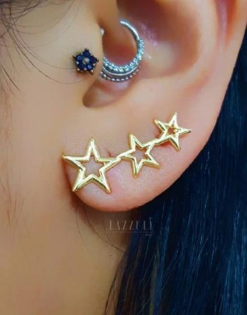 Brinco Ear Cuff 3 Estrelas Lisas Banhado em Ouro18k
