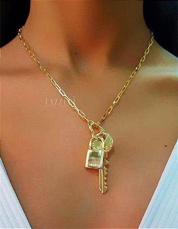 Colar Elo C com Pingente Chave e Cadeado Banhado em Ouro18k