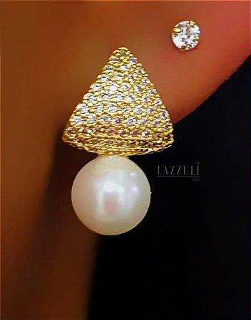 Brinco Triângulo Luxury com Micro Zircônia Cristais com Pingente Pérola Banhado em Ouro18k