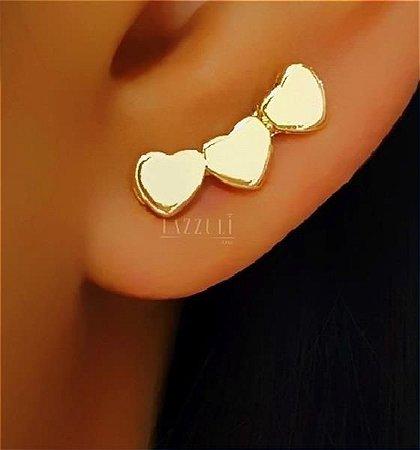 Brinco Ear Cuff 3 Corações Lisos Banhado em Ouro18k (SKU: 00031143)