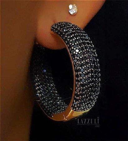 Brinco Argola Luxury Micro Zircônias Negra Externo e Interno Banhado em Ouro18k (SKU: