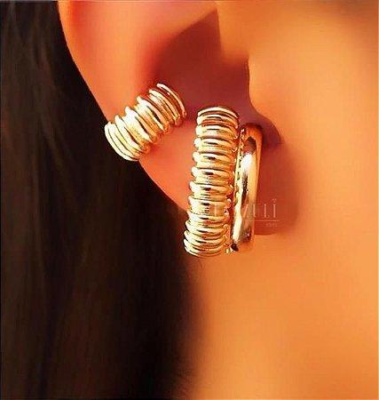 Brinco Ear Hook com Detalhes Banhado em Ouro18k