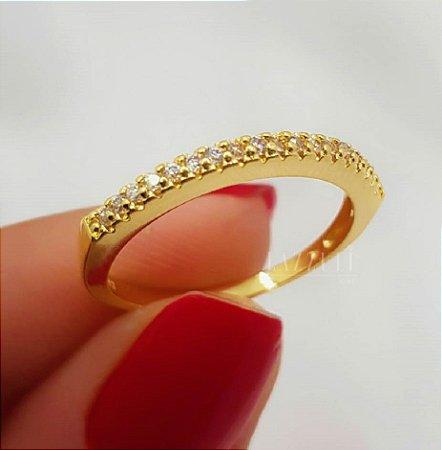 Anel Meia Aliança Micro Zircônia Cristal Banhado em Ouro18k (SKU:00010700)