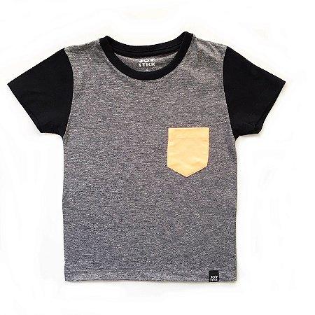 Camiseta Duo cinza - bolso cinza laranja