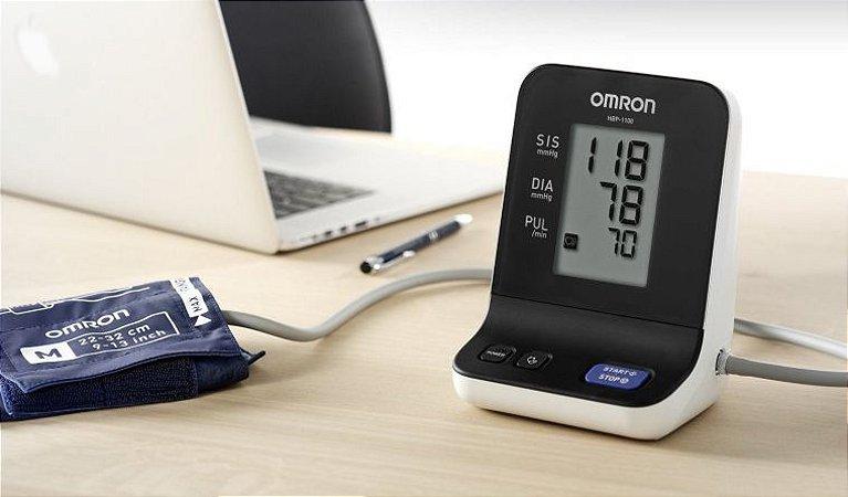 Monitor Digital de Pressão Arterial Omron Automático de Braço - Uso Profissional (HBP-1100) - ACOMPANHA TODOS 05 TAMANHOS DE BRAÇADEIRAS ( INF. PEQ, MEDIO, GRANDE E EXTRA GRANDE)