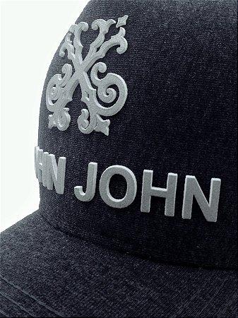 Boné John John Chumbo