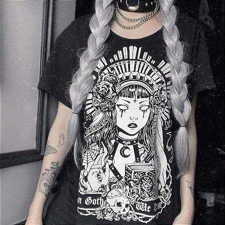 Camiseta Gótica Longline IN GOTH WE TRUST