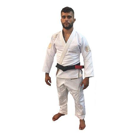 Kimono Jiu-Jitsu BJJ Roots Branco Brazil Combat