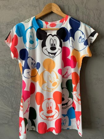 T-shirt Mickeys Colors - Tam. (G) - Pronta Entrega
