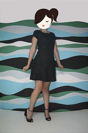 Vestido Preto Bolas