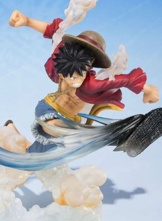 One Piece Monkey D Luffy Hawk Whip ver. - FiguartsZERO