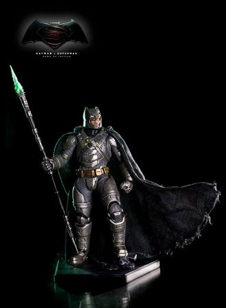 BvS Armored Batman (Battle Damaged ver.) - 1/10 Art Scale