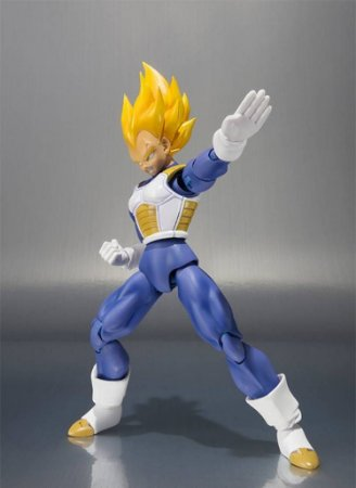 Dragon Ball Z SSJ Vegeta Premium Color - S.H Figuarts