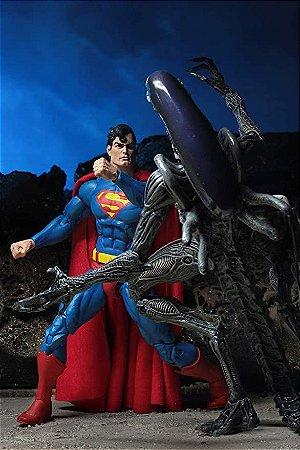 Superman vs Aliens 2-Pack Figure - NECA 2019 SDCC Exclusive